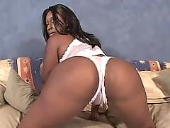 Yummy ebony fat woman making sweaty sex