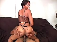 Ebony chubby lady cant get enough fucking